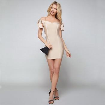 073a91171 2018 última moda Venta caliente Beige mujeres maduras vestido de hombro  verano corto vestidos fiesta por la noche al por mayor