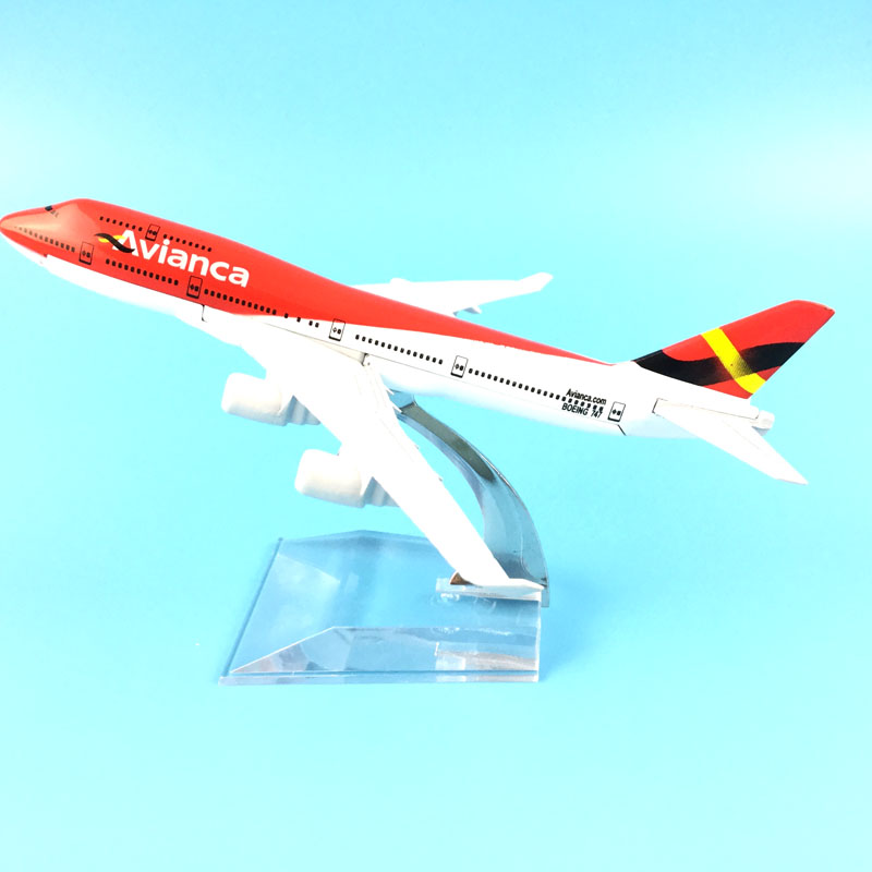 FREE SHIPPING 16CM MODEL PLANE AIRCRAFT AVIANCA COLOMBIA  B747  METAL ALLOY  MODEL  TOY AIRPLANE BIRTHDAY GIFT