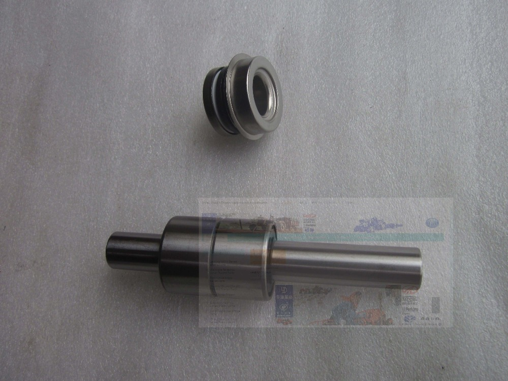 KM385BT the water pump shaft with seals , part number: LL480-06106 & C15 yanmar parts the water pump thermostat type with reference 4tne88