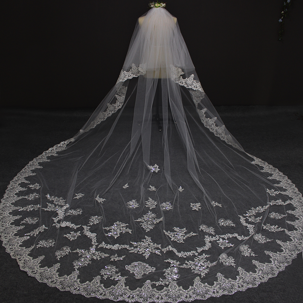 3 Meters Two Layers Lace Edge Long Wedding Veil with Sequined Appliques 2 Tiers Bridal Veil Velos de Novia