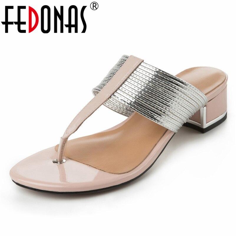 FEDONAS marka projekt okrągły nosek Slip On płytkie kobiety sandały 2019 lato nowe oryginalne skórzane szpilki na co dzień szpilki kobieta w Średni obcas od Buty na  Grupa 1
