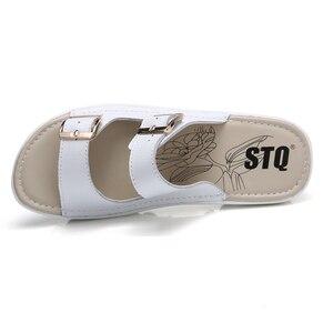 Image 4 - STQ 2020 夏の女性のフラットサンダル靴スリッパスリップオン快適なスライドサンダルフリップは、女性のフリップフロップ靴 921