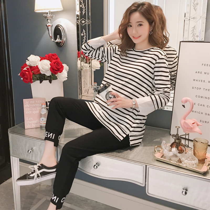 1906# 2019 Spring Fashion Maternity Clothing Suits Striped Tees + Belly Pants Sets Clothes for Pregnant Women Casual Pregnancy1906# 2019 Spring Fashion Maternity Clothing Suits Striped Tees + Belly Pants Sets Clothes for Pregnant Women Casual Pregnancy