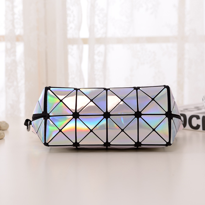 e48a89a7fe5 New Fashion bao bao Issey Miyake Mini Plaid Metal Bag Geometric Diamond  Laser Tote Women Leather Handbags Famous Brand 5250-in Top-Handle Bags from  Luggage ...