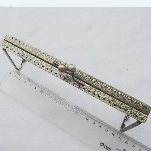 19cm Vintage Bronze Carved Pattern Triangle Side Women Purse Frame DIY Clutch Bag Metal Clasp 3pcs/lot