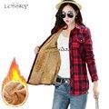 Las mujeres de invierno de terciopelo engrosamiento mantener caliente de algodón a cuadros Blusas de manga larga bolsillo camisas comprobar blusa Blusas Femininas