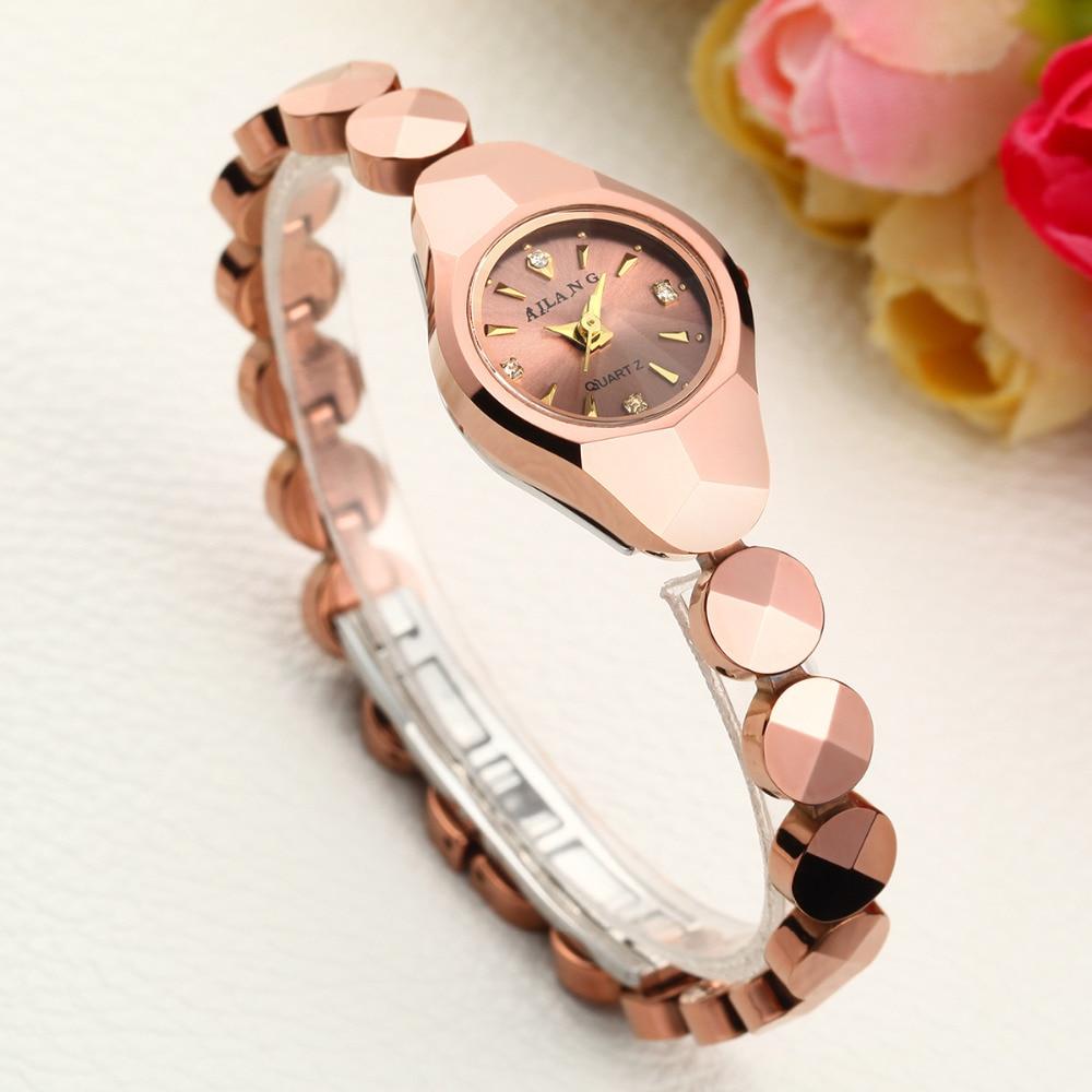 clock fashion