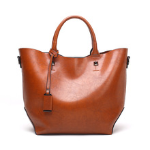 цена на Fashion Women Casual Handbags High Quality Oil Wax Leather Female Shoulder Bag Designer Ladies Vintage Crossbody Bags Big Tote