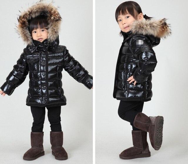 Детская одежда armoise серии семьи способа девушки мужчины одежда пуховик черный короткие дизайн большой меховой воротник