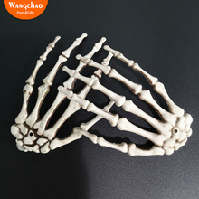 цены 1 Pair Plastic Skeleton Hands Haunted House for Halloween Party Decoration Background Decor Bar Halloween Props