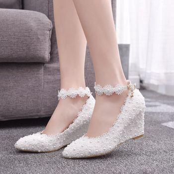 2019 حجم كبير أحذية نسائية الدانتيل الأبيض عالية الكعب مأدبة أحذية الزفاف حذاء زفاف وأشار الحلو البرية حذا فردي للسيدات 452i