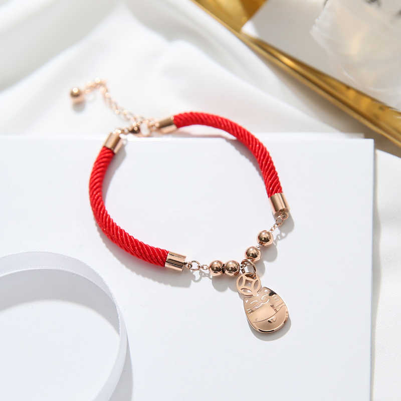 YUN RUO 2018 New Arrival Lucky Money Cat Red Bracelet Fashion Elegant Woman Gift Rose Gold Color Titanium Steel Jewelry Not Fade