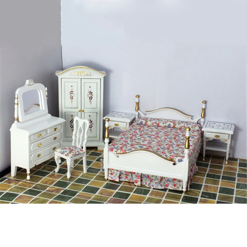 1:12 Dollhouse Furniture toy for dolls Wooden Miniature white bed bedroom sets gorgeous pretend play toys for kids girls gifts happy dollhouse family dolls small wooden toy set figures dressed characters children kids playing doll gift kids pretend toys