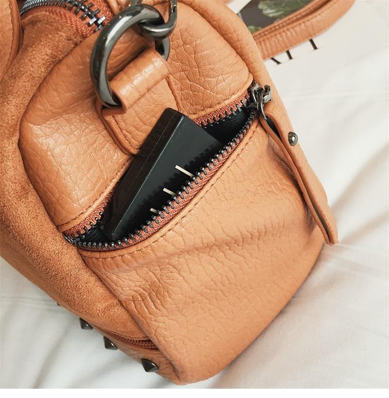 Vintage Rivet women Handbag Matte leather Boston Big Tote bag Winter new Shoulder Bags for Women Messenger Bag Blosa Sac (3)