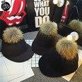 2017 Новый Реальный Мех Енота Помпоном Шапка Женщины Бейсболки Теплая Шерстяная шапочка Рыцарь Езда Hat DSQ Caps