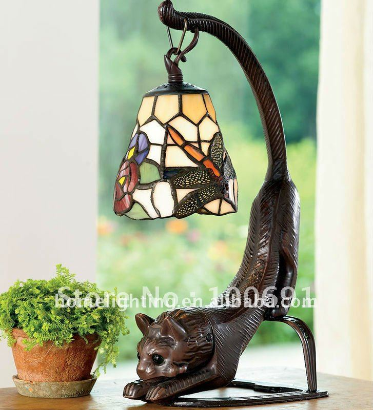 Tiffany Style Multicolor Stretching Cat Stained Glass