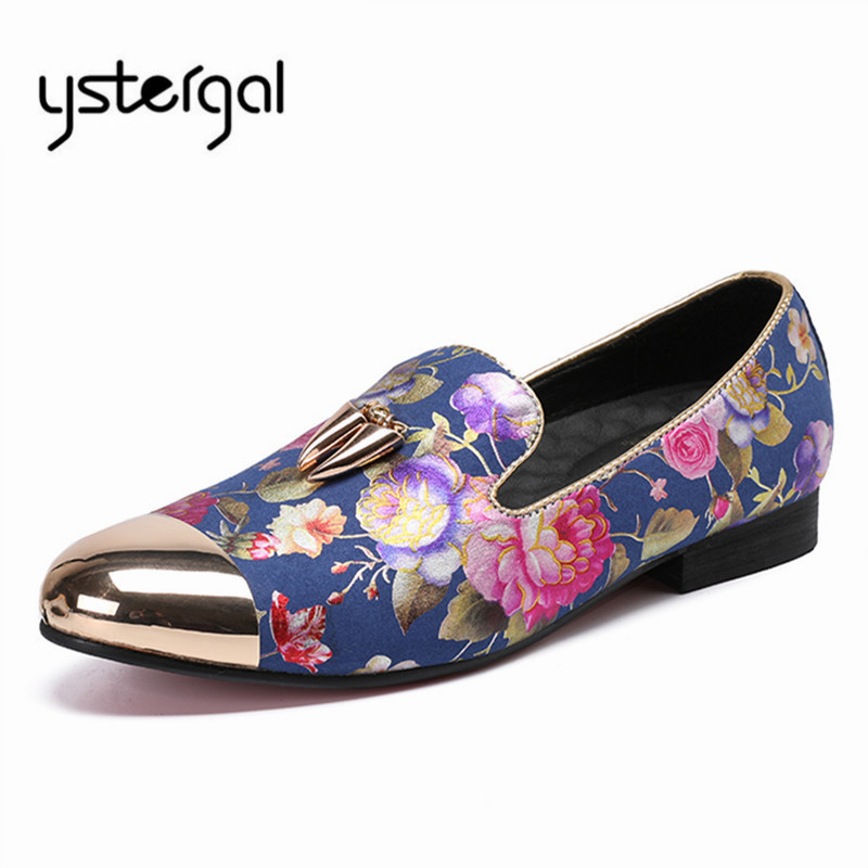 Здесь продается  YSTERGAL Gold Metal Toe Men Casual Shoes Mens Flowers Print Wedding Dress Shoe Loafers Men