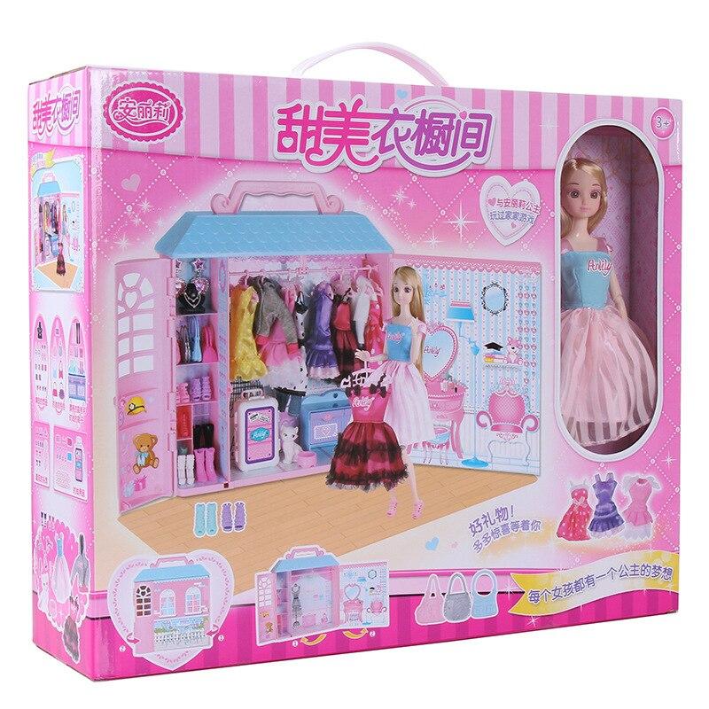 Fille jouets fantaisie garde-robe chambre intérieurs poupée enfants jouets