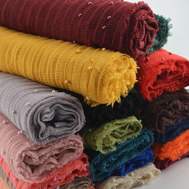 綿のしわスカーフビッグサイズ、無地しわラップ、リップルスカーフ真珠、綿イスラム教徒ヒジャーブ 18 色、マキシクリンクルヒジャーブ、ラップ  グループ上の アパレル アクセサリー からの レディース スカーフ の中 1