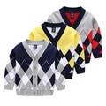 2016 Boy Invierno Geometría V-cuello de chaqueta de Punto Para Niños de Alta Calidad Niños Géneros De Punto de Lana Suéter de la Capa Niños Ropa Tops