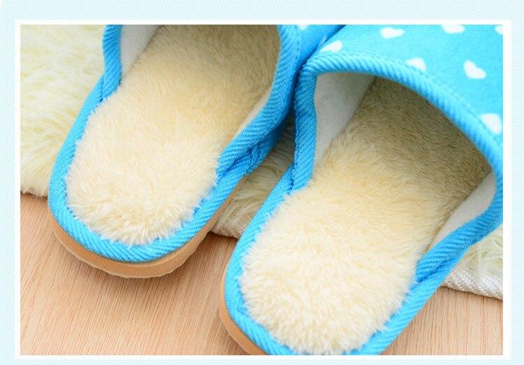 Inverno Mulheres Quentes Chinelos Em Casa Coberta de Coração-em forma de EVA Leve Feminino Sapatos de Pelúcia Macia Casa Quarto Flip Flops Unisex