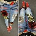 Senhoras Calças Jeans Mulheres Rasgado Vintage Rose Lantejoulas Estilo Boyfriend Jeans Afligido Jeans Stretch Jeans Skinny Feminina B117