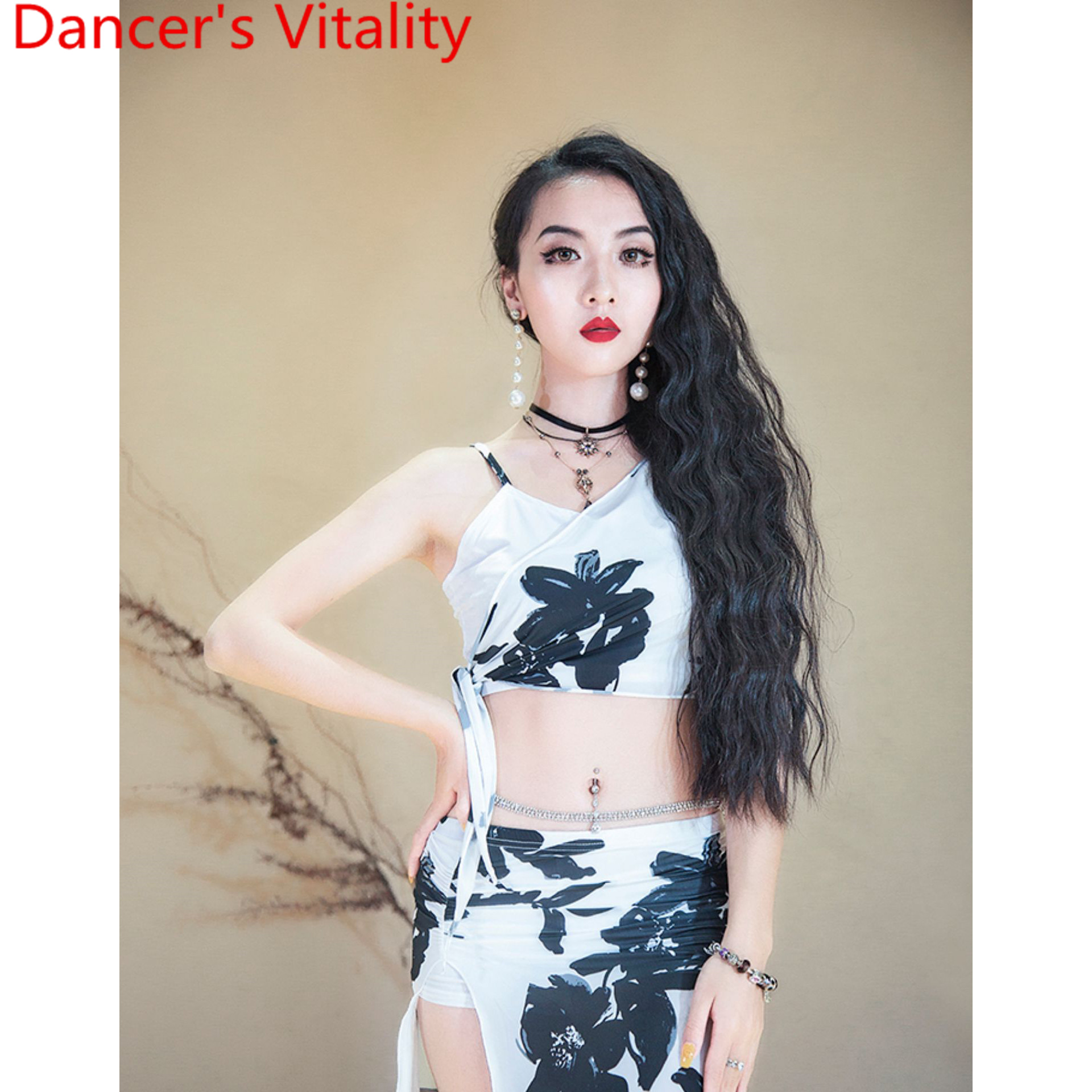 Belly Dance Wear 2019 New Top Skirt Set Summer Practice Clothes Sexy Performance Costume Women Adult Oriental Dance Stage Wear