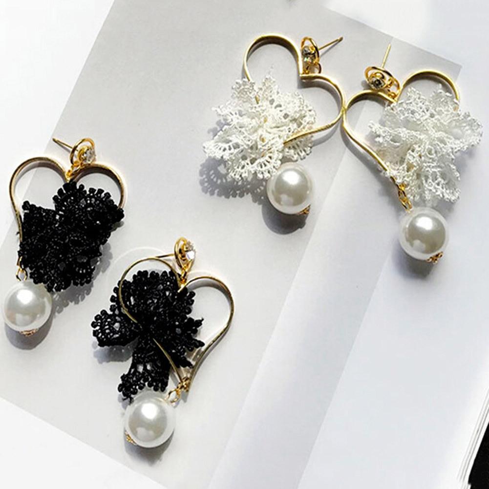 2018 Flowers / Love / Heart Earrings Girls Ladies Personality Retro Earrings Korean Temperament Female Lace Jewelry