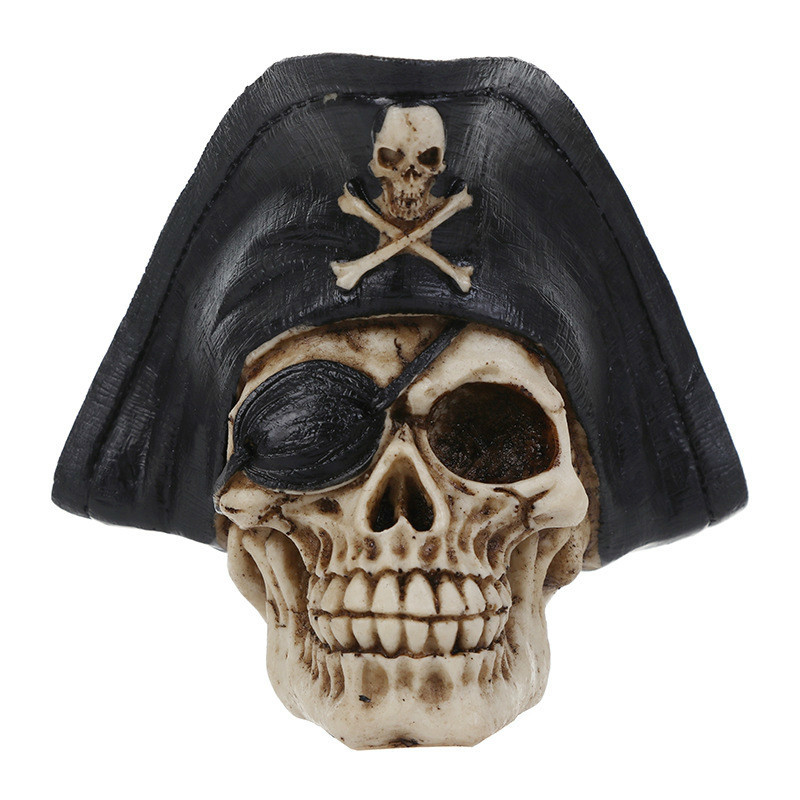 Resin Craft Statues For Decoration Buccaneer Skull Head Creative Skull Figurines Sculpture Home Decoration Accessories