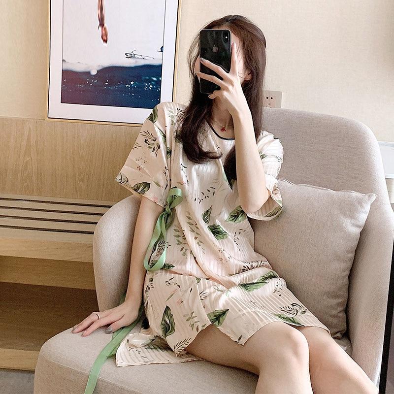 Yidanna Women Silk   Nightgown   Short Sleeved Summer   Sleepshirt   Sexy Sleep Clothing lace Fashion Sleepwear Female O Neck Nightwear