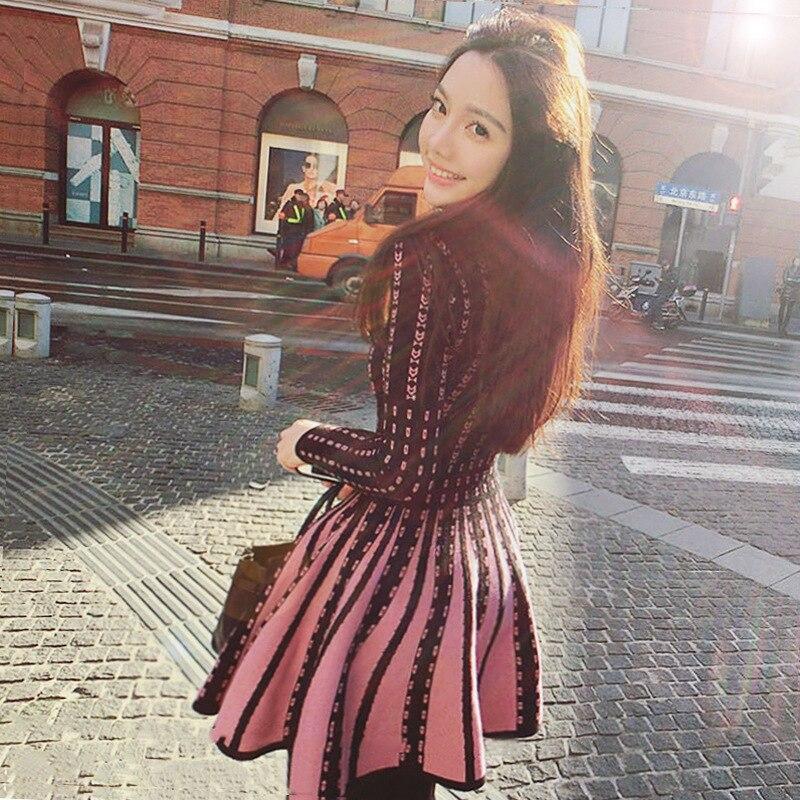 Factory direct knitting dress 2018 winter big size womens womens neck sweater slim long sleeved dress