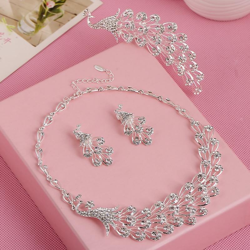 3 set lot NY novia conjunto de gama alta cadena de moda collar de cristal  pendientes conjunto Peacock peine novia coreana clavícula cadena al por  mayor 32b861219e8b