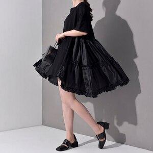 Image 2 - [EAM] 2020 חדש אביב קיץ צוואר עגול חצי שרוול קפלים פיצול משותף Loose Oversize גדול גודל שמלת נשים אופנה גאות JS7910