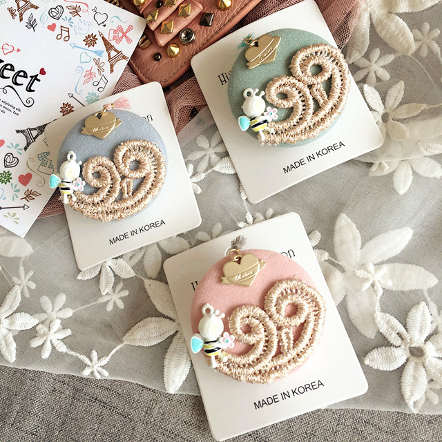 Корейские милые Мода пчелы Вышивка Ткань ткань знак Броши Шпильки Модные украшения для молодых Младший Девушка woman-swgwbh022f