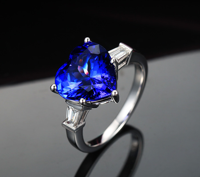 3 carat 925 sterling silver heart-shaped ring tanzanite diamant ring sapphire female man made diamond ring US size from 4.5 to 9 925 silver heart shaped pattern ring silver