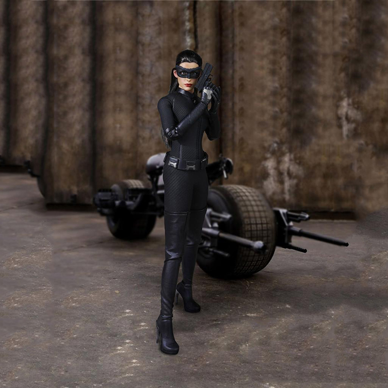 1/6 Batman The Catwoman Anne Hathaway Catwoman Suit with Head for 12 Collectible Action Figure vortoys v1005 1 6 the british gentleman suit 2 0 in a black b gray c stripe for 12 beckham collectible action figure diy