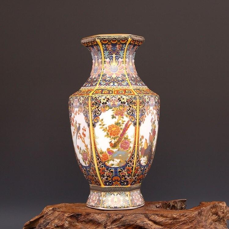 Qing Yong Zheng Antique Ceramic Vase Enamel Gilt  Hexagon Vase Antique Porcelain Ancient Porcelain CollectionQing Yong Zheng Antique Ceramic Vase Enamel Gilt  Hexagon Vase Antique Porcelain Ancient Porcelain Collection