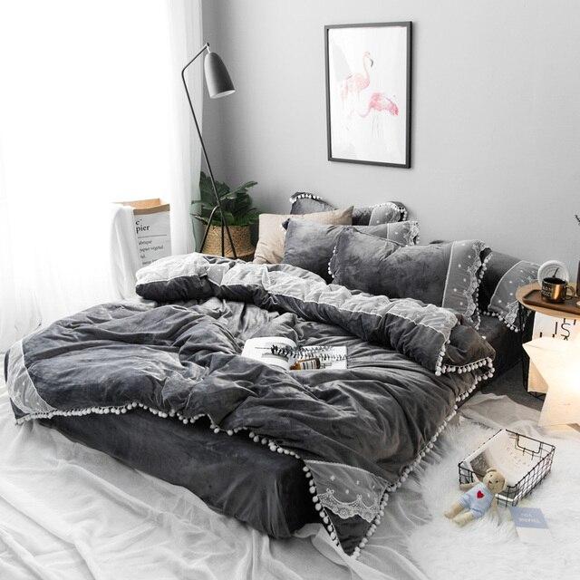 4pcs Thick fleece warm plush Princess lace bedding set Winter flannel cute ball duvet cover set bed Sheet Queen size bed linen