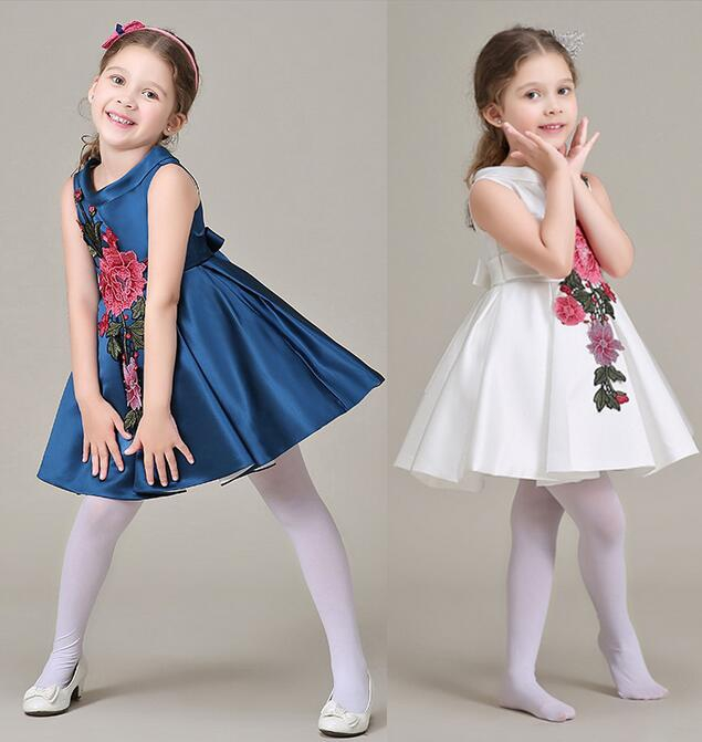 e555eb8f9db 2018 New arrival Girl s Dresses flower Embroidery baby girl Party princess  dress cotton summer baby girl Luxurious dress