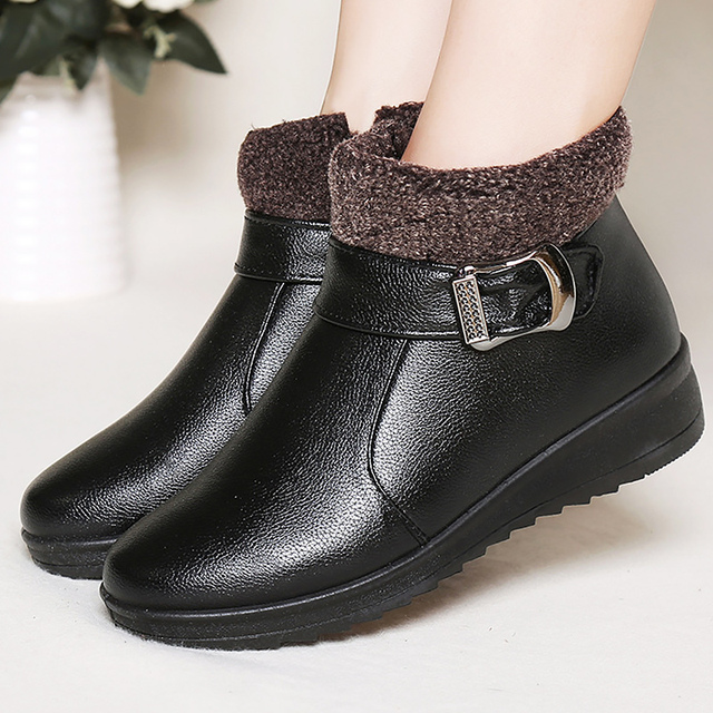 Superstar shoes woman leather boots buckle Women's Booties 2017 new plush comfortable velvet shoes adult female boots