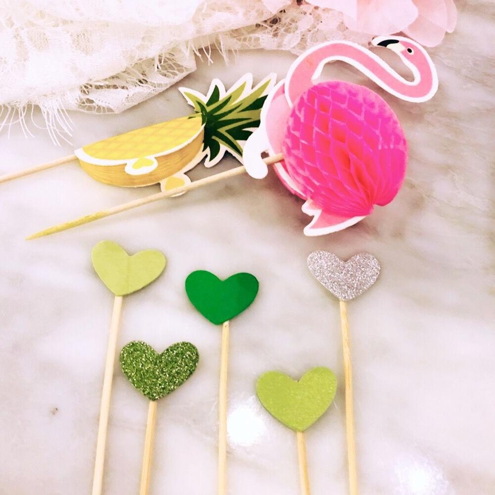 10pcs/set Pink Flamingo or Yellow Pineapple Cupcake Topper Picks Tropical Hawiian Luau Theme Party Wedding Cake Decoration