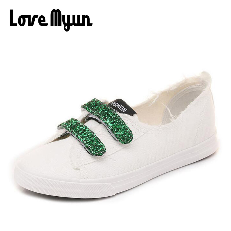 2018 brand new fashion breathable Sulfide shoes casual flats lightweight canvas sneakers Buckle Strap Bling women shoes WD-61