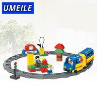 HUIMEI 51 PCS Original Track Electric Train School Bus Conductor Boy Big Block Brick Set Baby