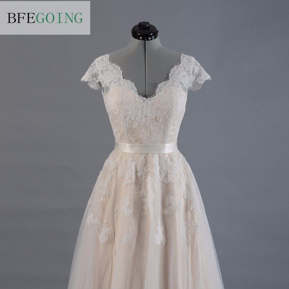 Image 4 - Vestido de novia Lace A line Wedding dress Cap sleeve  V back Bridal gown Lace with Tulle-in Wedding Dresses from Weddings & Events
