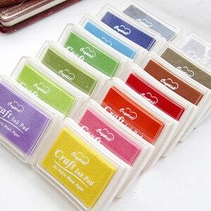 Image 1 - WYSE 15 adet/grup renkler büyük boy DIY Scrapbooking damga inkpad Vintage el sanatları mürekkep pedi renkli Inkpad pullar sızdırmazlık dekorasyon