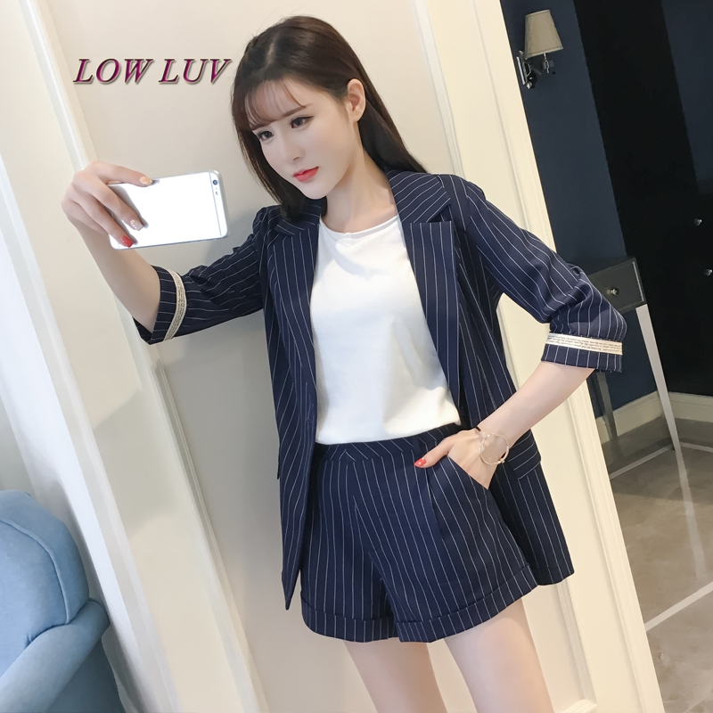 Female 2017 new fashion five-point sleeve small suit + trousers casual two-piece
