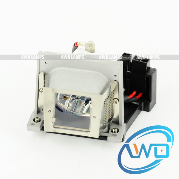 VLT-XD470LP Compatible bare lamp with housing for MITSUBISHI LVP-XD470/XD470U projector цены