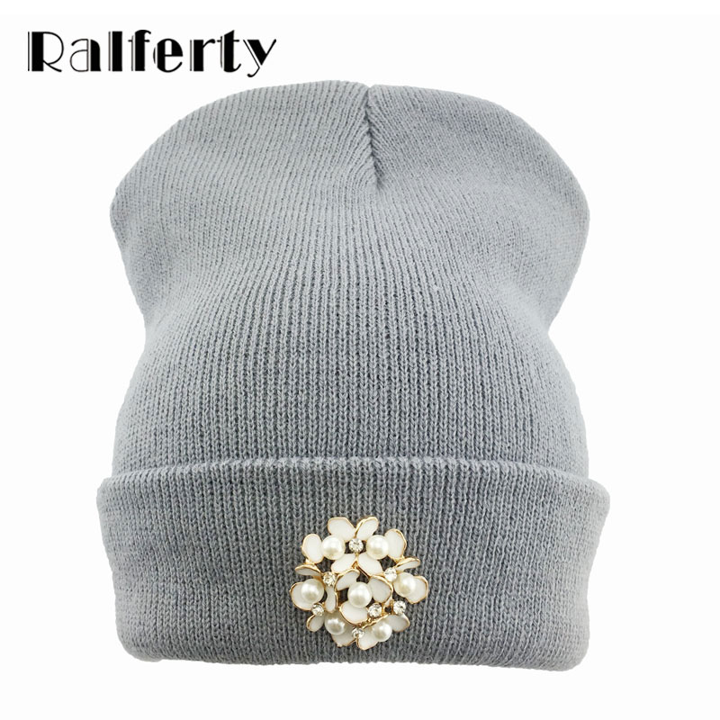 Ralferty Winter Women Flower Beanies Skullies Fashion Floral Hats For Female bonnet femme gorros cappelli Cap Beanie gorra White 2017 winter women beanie skullies men hiphop hats knitted hat baggy crochet cap bonnets femme en laine homme gorros de lana
