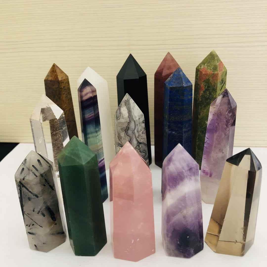 24 石ポイントタワーウィッカヒーリングクリスタル六角天然ミネラル魔法の杖家の装飾の Geode アメジストローズクォーツ