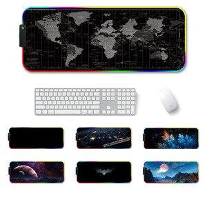 Image 1 - Große LED RGB Gaming Maus Pad Overwatch xxl Schreibtisch Tastatur Matte USB Beleuchtung Computer Maus Pad Welt Karte Gamer für LOL Dota